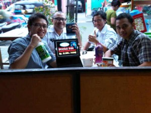 Bersama Tim Sedang merintis Synergy dengan cek kesehatan din Dejons Ginyo