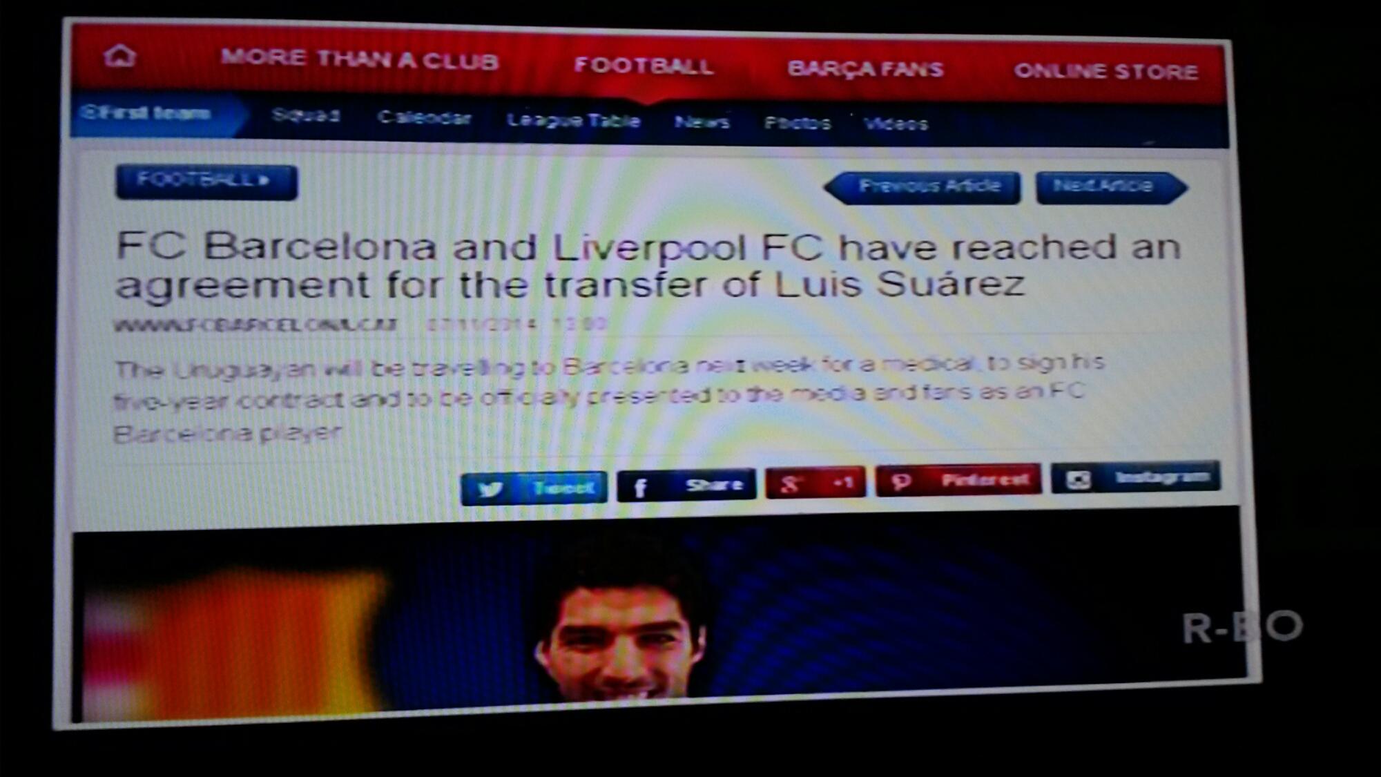 Suarez resmi ke Barcelona dengan nilai transfer 1.4 ...