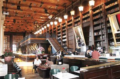 foto by : Bibliotheque Bar & restaurant